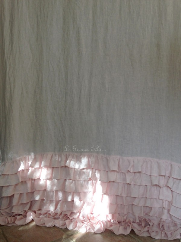 rideau lin rose volants shabby style le grenier d 39 alice. Black Bedroom Furniture Sets. Home Design Ideas