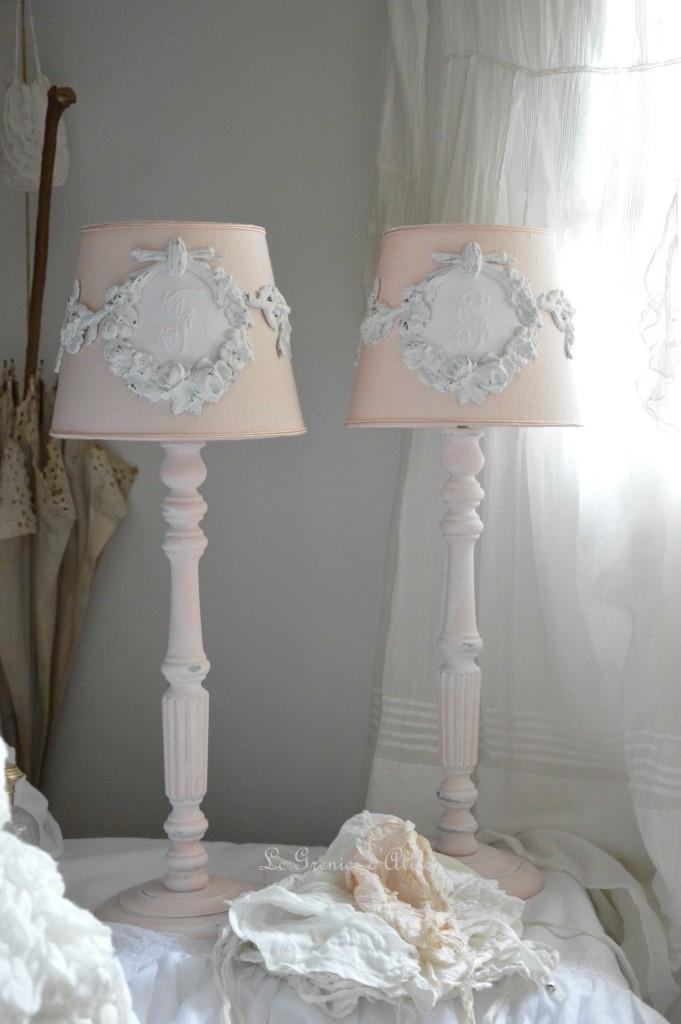 Le grenier d 39 alice shabby chic et romantique french decor - Relooker un abat jour ...